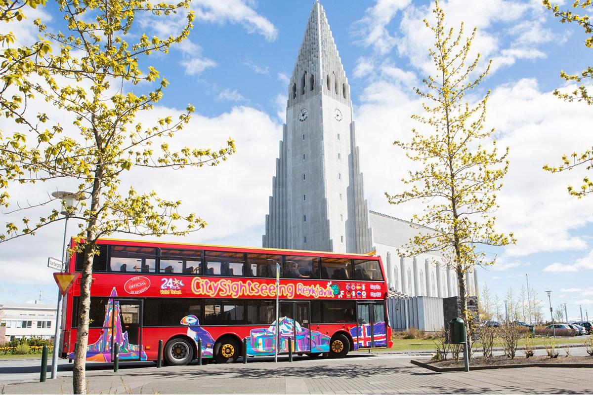Hop-on hop-off bus Reykjavik